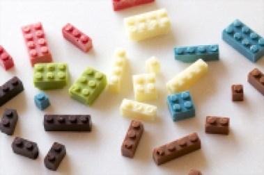 шоколад лего разноцветный